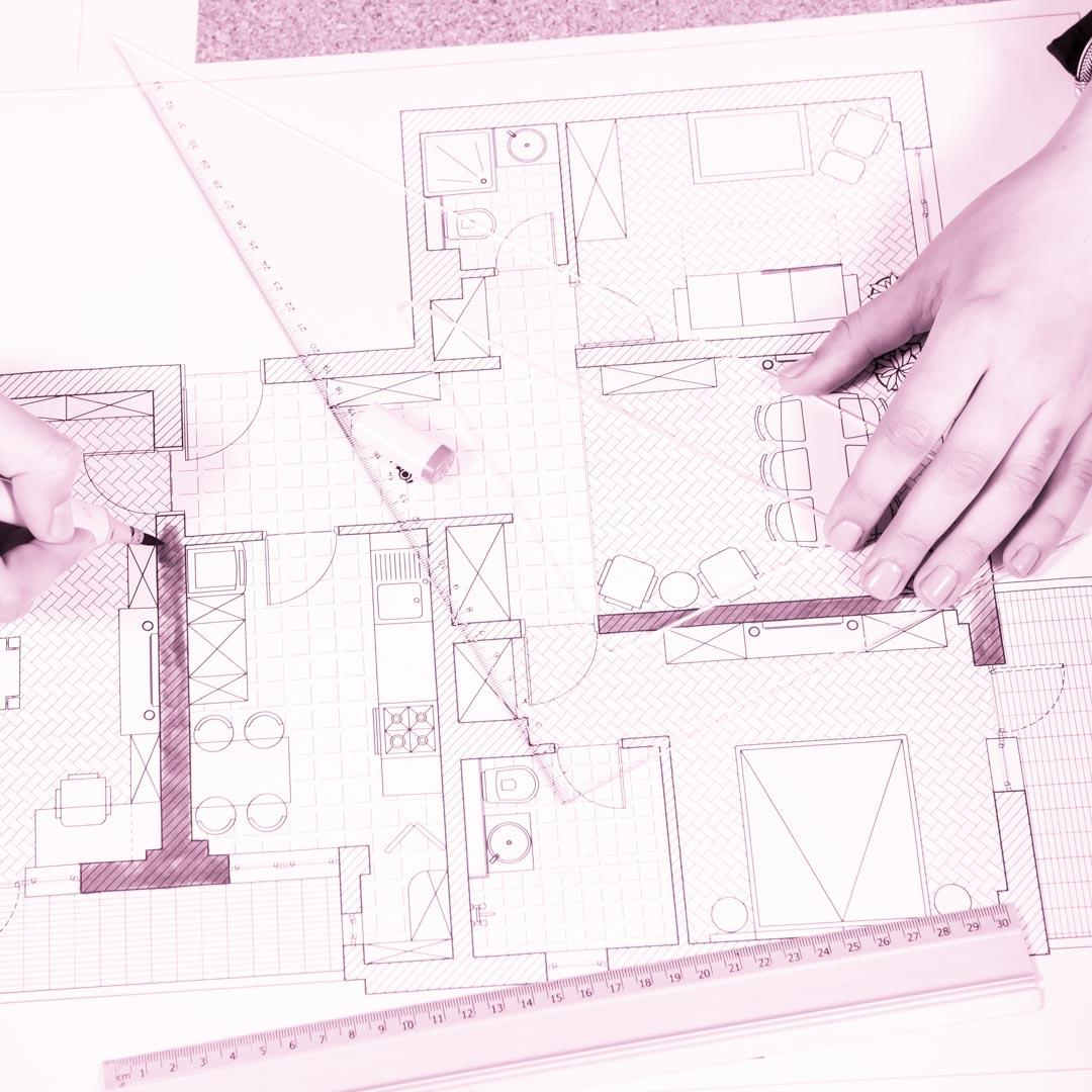 designer-projetando-ambientes-da-casa-no-curso-design-de-interiores-avancado-4ED-escola-de-design